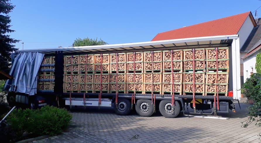 Brennholz & Kaminholz aus Buche - LKW