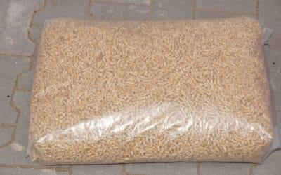 Holzpellets Sackware – Kiefer – DIN plus EN A1 – 15 kg Beutel