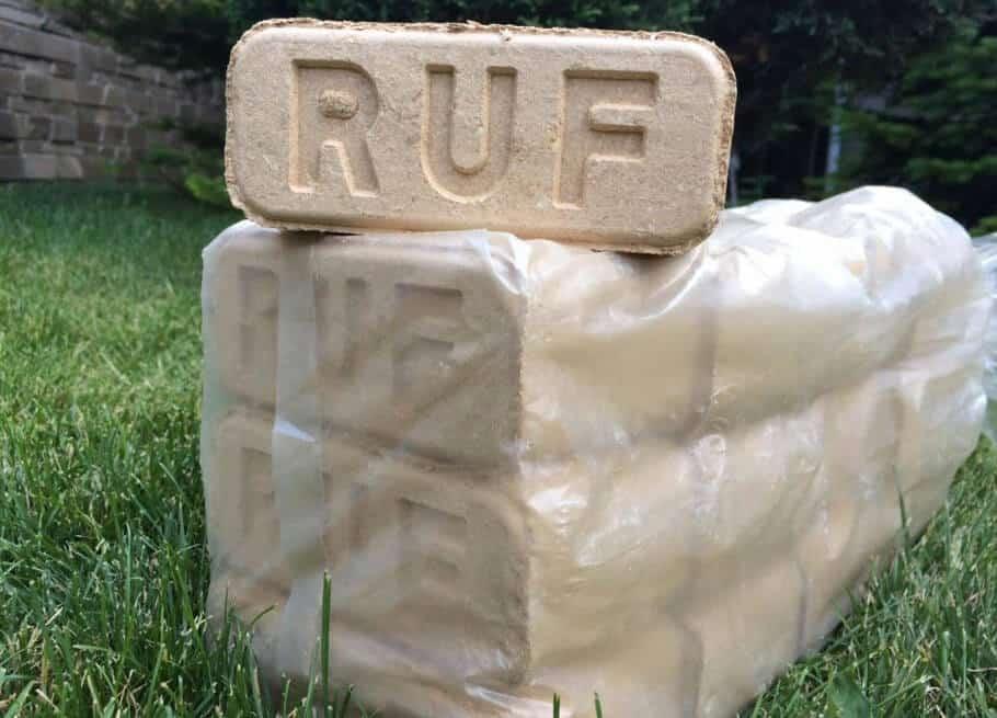 RUF-Briketts Eiche mit Stempel